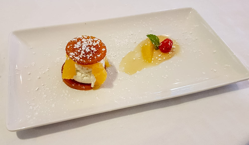 Restaurant italien : dessert orange agrumes