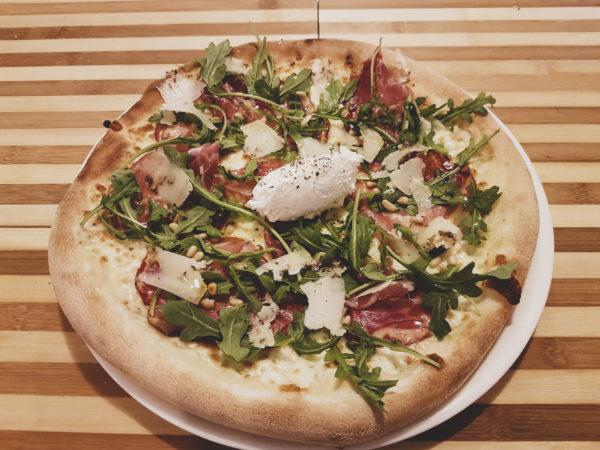 pizza Ricoppa - La Nonna pizzera restaurant italien Hendaye