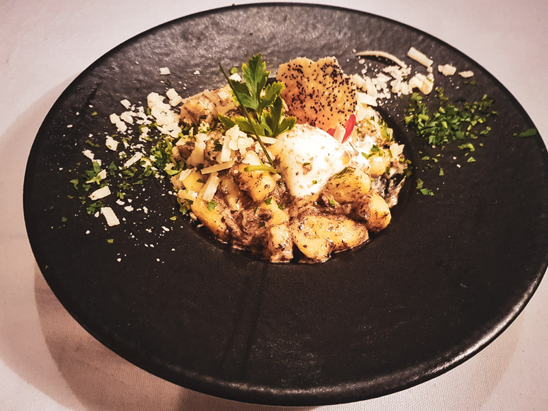 Restaurant Hendaye - La Nonna - Gnocchis crème de truffe Burrata