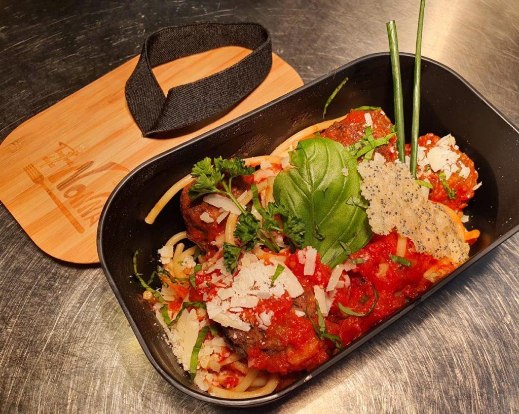 LaNonna- Pasta : Buccatini-della-nonna-restaurant Hendaye- à emporter